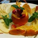 誕生日や記念日にはメッセージ入りデザートプレートやフルーツプレートをサービス!予約時にお伝えください
