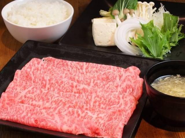 ランチは食べ放題 or お肉定量!