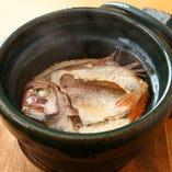 信楽雲井窯の土鍋で炊いたこだわり鯛飯をご是非、賞味下さい。