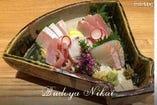 和食と日本酒、ワインの美味しい関係をお楽しみください。