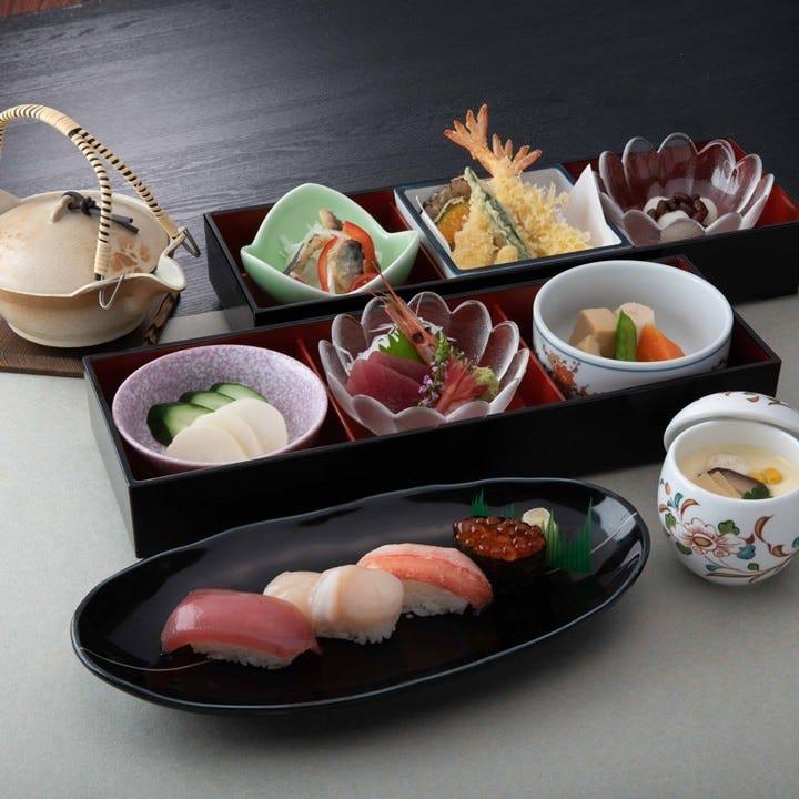 性別年代を問わずにお楽しみいただける和食は法事の席に最適です