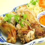 骨付き鶏もも肉のグリル焼き(ガイヤーン)