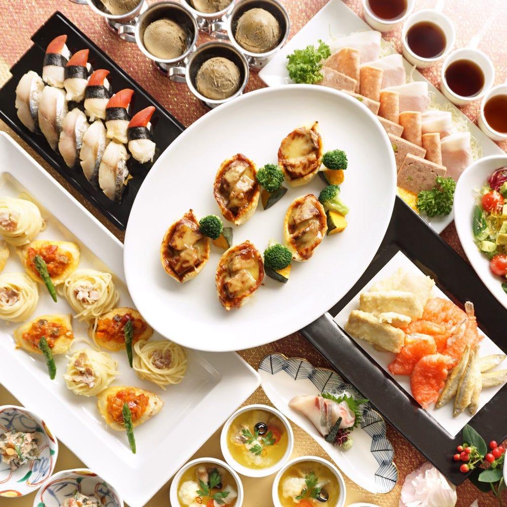美しい盛付けと旬の素材を使用したお料理の数々をご堪能下さい。