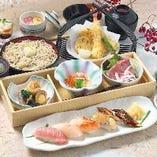 【お昼の御膳】行楽やお昼の同窓会にぴったりの御膳をご用意しております。小鉢や煮物は時期により変更となります。ぜひ季節の味をお楽しみください!