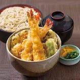 【海老と野菜の天丼 十割半せいろセット】天丼&おそばの気軽なランチセットもご用意!お気軽にどうぞ。