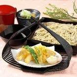 【白海老のかき揚天せいろ】十割そばの美味しさをシンプルに楽しめる『せいろ』!