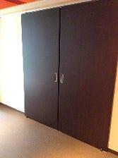 ドアの先に個室が、、、