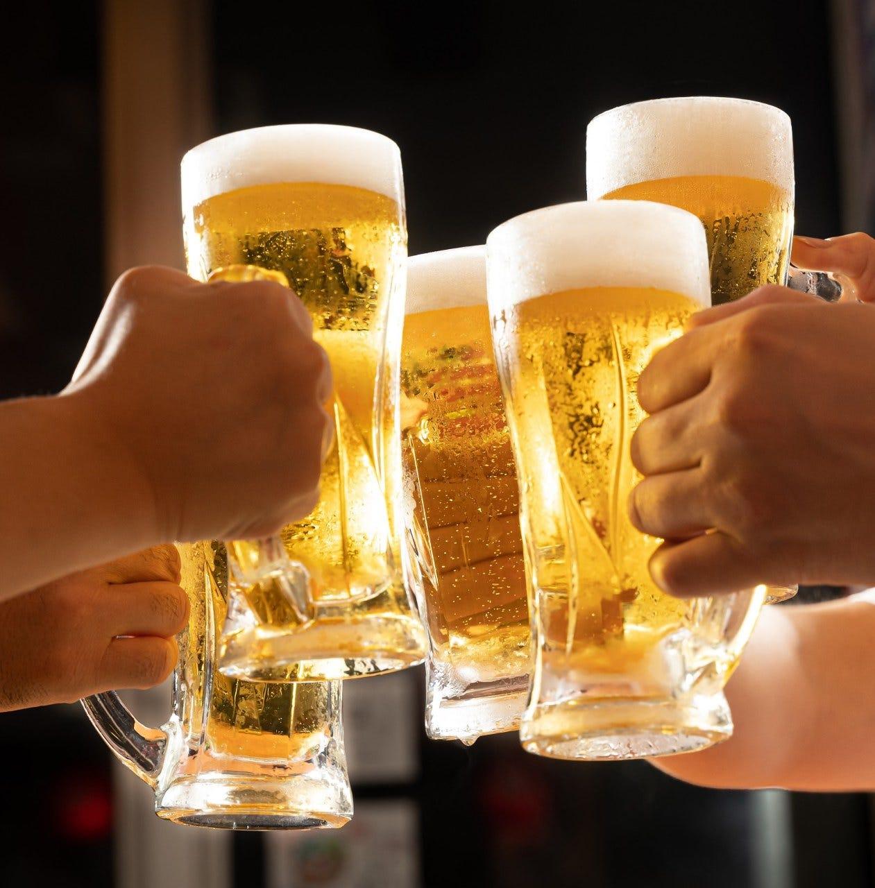 みんなと ビールで乾杯!!