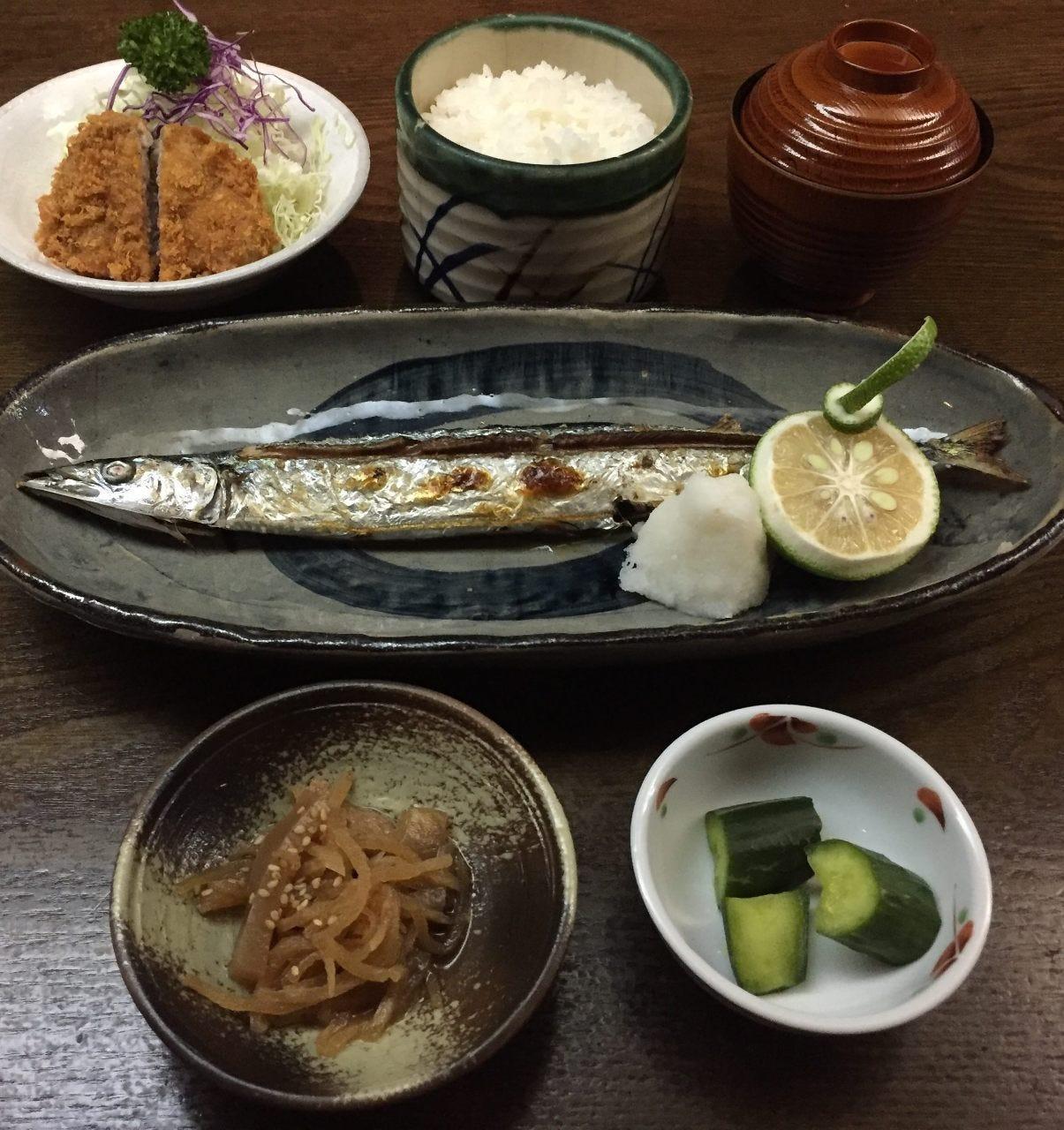 秋刀魚塩焼き一口ヒレカツ定食