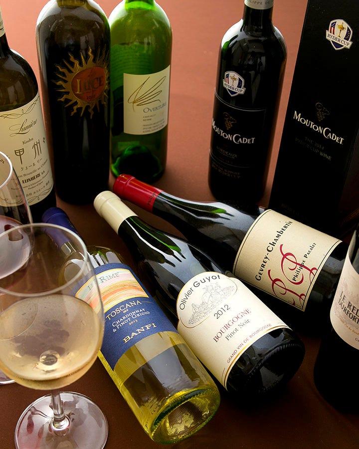 黒毛和牛に相性の良い赤ワインも豊富に揃えております♪