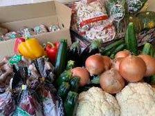 市場直送のお野菜や手作り惣菜を販売
