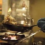熟練シェフが腕を振るう料理はどれも絶品!