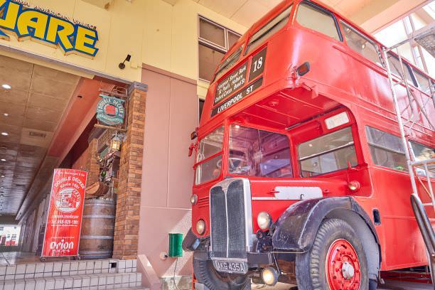 イギリスから運んできた、本物のロンドンバス『ダブルデッカー』