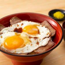 郷土料理人気No.1の焼き豚玉子飯