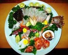 季節の旬魚をご用意しております。