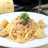 明太子とイカの風味が相性が抜群の逸品「イカと明太子のスパゲッティ」