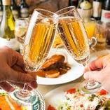 記念日やお誕生日などの乾杯に最適なスパークリングワインもございます