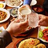 韓国のお酒やジュースなども入った全26品が飲み放題のコースあり
