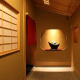 格子戸を開け、暖簾ををくぐればお客様だけの京のひと時…