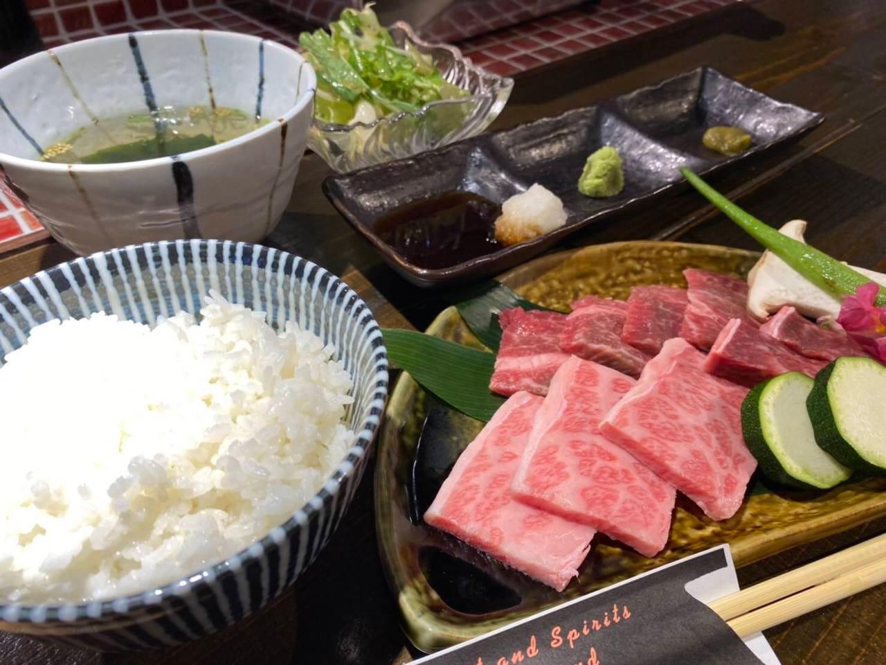 お昼にも肉!贅沢な焼肉ランチ!
