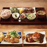 お膳の主菜は4種類、ご飯は3種類からお選び頂けます。