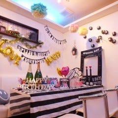Cafe+Bar LOVERING