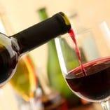 こだわりのワインを豊富にご用意しております♪