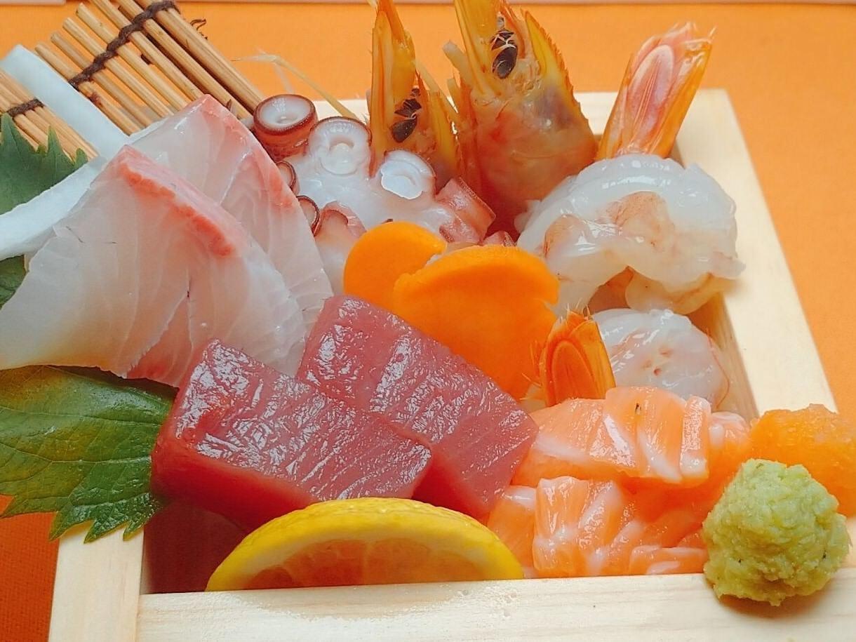 季節の魚と炙り焼 あかりや
