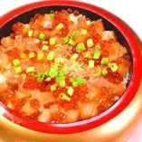 北海道産サーモンいくら丼