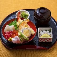 天ぷら・お刺身よくばり丼(赤だし付き)