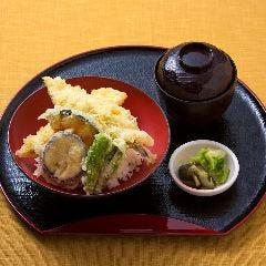 穴子天丼(赤だし付き)