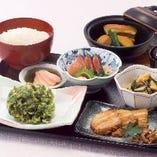 要予約  薩摩御膳 用意に時間をいただきます。予約をいただいてのご注文をお願いいたします