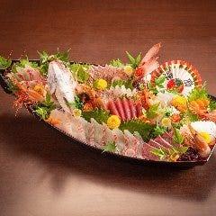 鯛活き造りの祝盛り