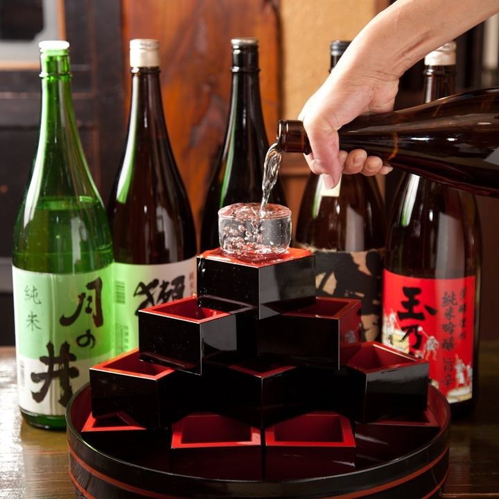 日本酒・焼酎・生ビールを美味しい料理と楽しんで。