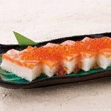 サーモンはらこ寿司