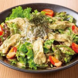 日本茶汲み上げ湯葉としらすのサラダ
