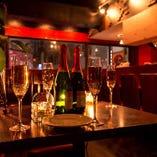 個室空間から大人数のパーティスペースまで幅広く用意!