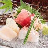 旬の鮮魚を使用した造り