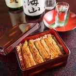 ふっくら柔らな鰻と甘辛い秘伝のタレ、ご飯との相性が抜群