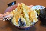 特上天丼(味噌汁・香の物)