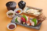 刺身御膳(ご飯・味噌汁・焼き魚・小鉢・香の物)