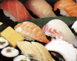 こだわりの寿司 握りたてはひと味違います!