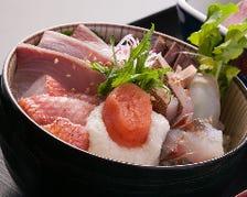 博多の新鮮な地魚を使ったメニュー!