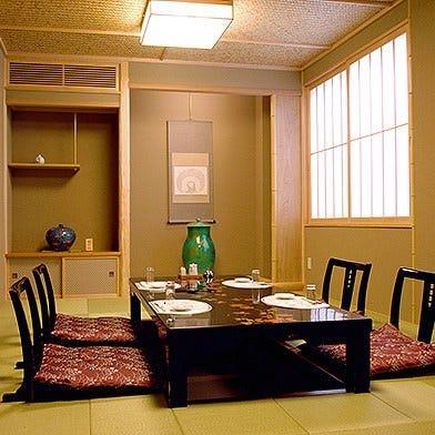 接待ご利用に最適な個室もあります