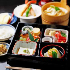 【昼食限定】御室弁当・名物ゆば桶付き 5,000円(税抜)