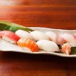 お寿司もあります!