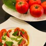 亀ちゃんトマトのバジル フレッシュモッツアレラ焼