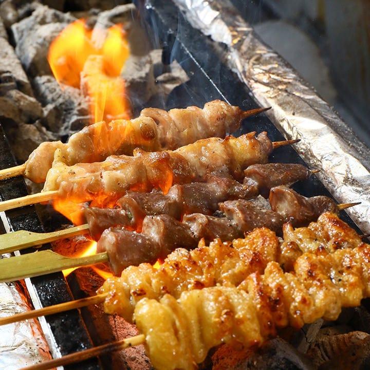 炭火ならではの美味しさをご堪能 一つ一つ丁寧に焼き上げます