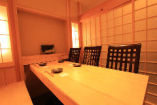 【個室】6名様までご利用いただける落ち着きのある個室。