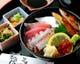 ランチ:日替わりネタの海鮮丼(1000円)!